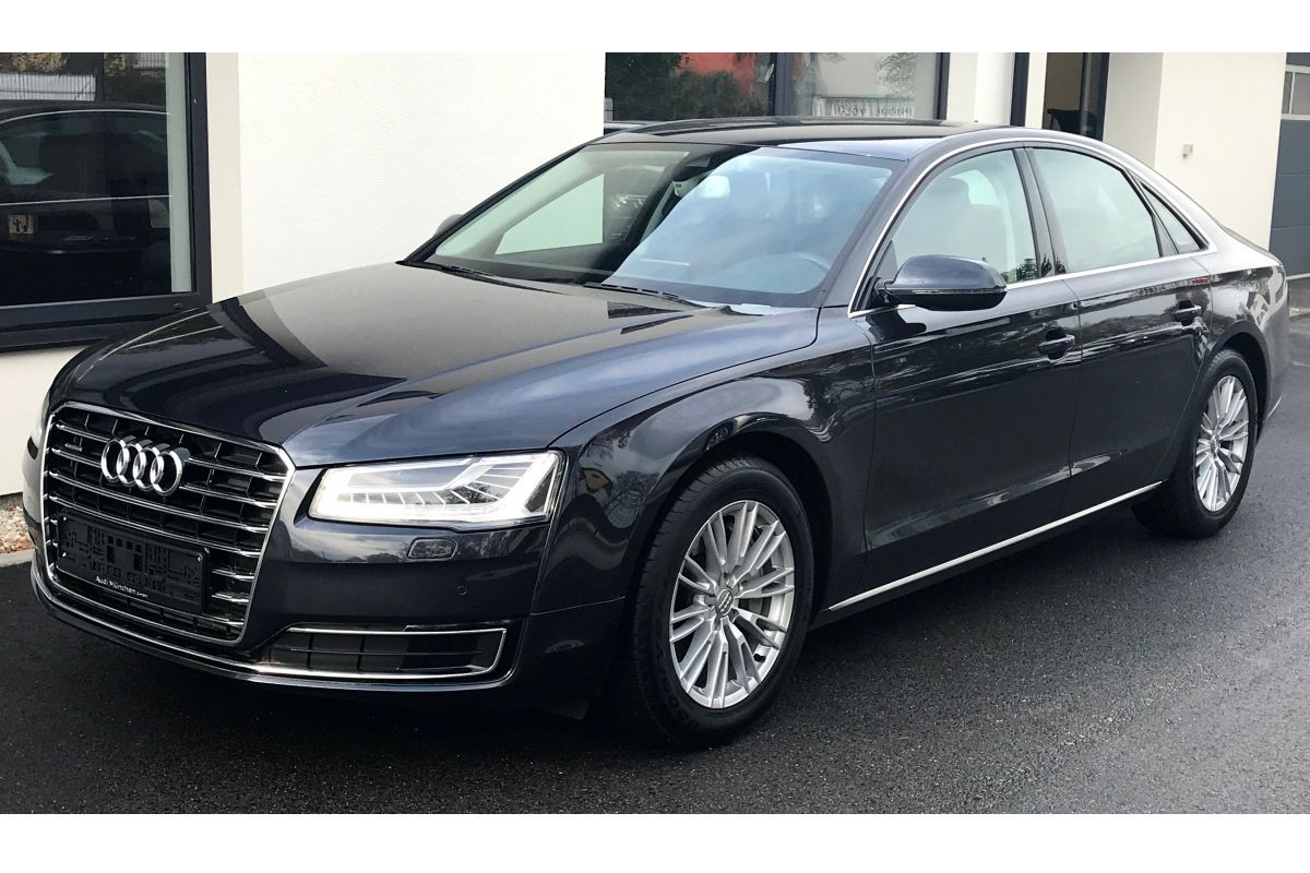 Audi A8 3.0TDI, Quattro LED Matrix